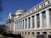 Washington_DC_Smithsonian-Museum_shutterstock_45604921 1