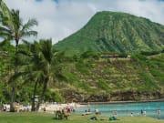 Hawaii_Oahu_HanaumaBayBeach_shutterstock_395093827