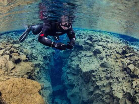 Snorkeling-in-Silfra-1_preview