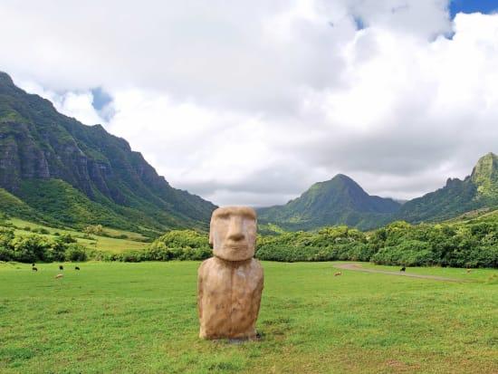 Hawaii_Oahu_Kualoa_Ranch_shutterstock_273663731