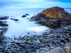 Ireland_Giant-Causeway_shutterstock_467757380