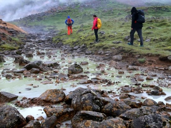 Hot-spring-Iceland4_preview