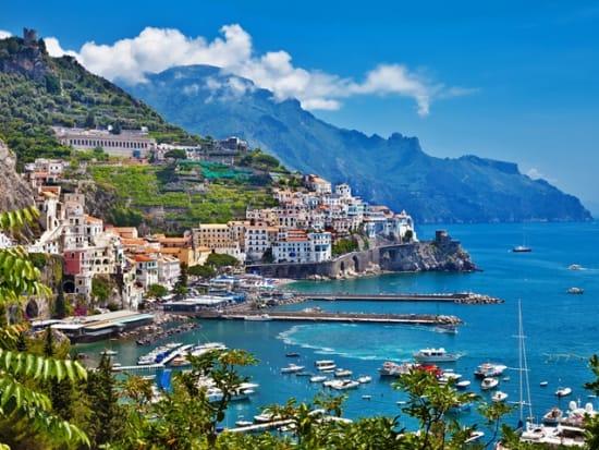 Italy_Amalfi_Coast_Church_Shutterstock_110520746