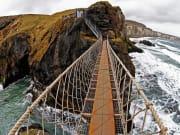 Ireland_Ballintoy_Carrick-A-Rede-Rope-Bridge_shutterstock_540078328