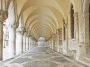 Italy_Venice_Doge-Palace_shutterstock_503362966