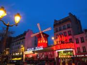 MOULIN ROUGE_facade nightfall_(C)D. Duguet_original