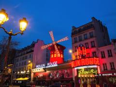 MOULIN ROUGE_facade nightfall_(C)D Duguet_original