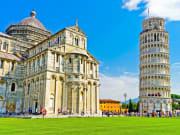 Italy_Pisa_Leaning_Tower_Pisa_Cathedral_shutterstock_535374544