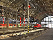 prague central station private transfers