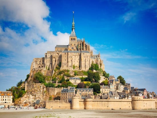 France_Normandy_Mont_Saint_Michel_shutterstock_545612326