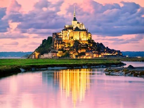 宿泊ツアー(パリ発着) (モンサンミッシェル)   パリの観光・ツアーの予約 VELTRA(ベルトラ)