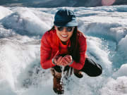 Drink-glacier-water-on-the-Icefields-Parkway-Tour