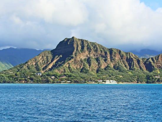 Hawaii_Oahu_Diamond_Head_Crater_shutterstock_169039520