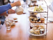 london-in-style-afternoon-tea-21920-x-1080