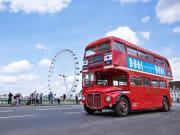 london-in-style-bridge-bus-1920-x-1080
