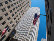USA_New-York_Rockefeller-Center_shutterstock_378711307
