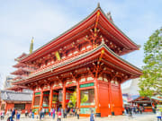 Japan_Sensoji_Temple_shutterstock_380494909