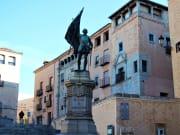 torreón de los lozoya juan bravo statue