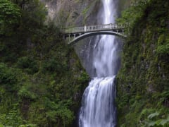 USA_Portland_Evergreen Escapes_Columbia Waterfalls
