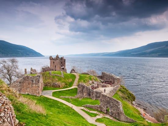 「翼の島」スカイ島+ネス湖 2泊3日ツアー<英語ガイド/エジンバラ発> | イギリス(スコットランド)旅行の観光・オプショナルツアー予約 VELTRA(ベルトラ)