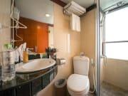 lavela-classic-cruise_deluxe-bathroom