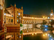 Seville_Plaza Espana_Night_123rf_69530973_L