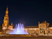 Seville_Plaza Espana_Fountain_Night_123rf_62497097_L