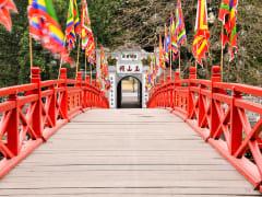 Vietnam_Hanoi_Ngoc Son_Temple_shutterstock_521781394