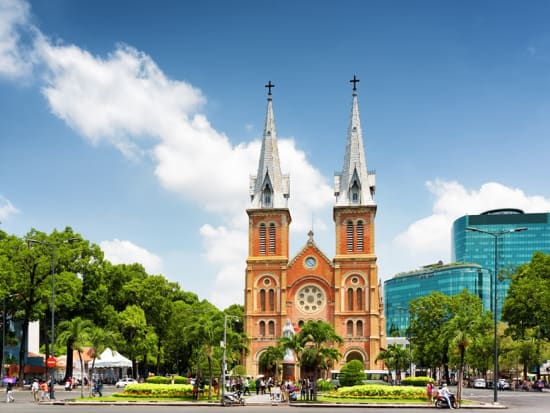 Vietnam_Ho Chi Minh City_Notre Dame Basilica Cathedral_shutterstock_305712290