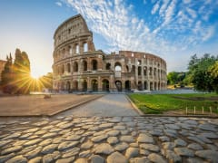 Italy_Rome_Colosseum_shutterstock_1013588707