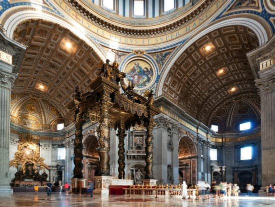 Italy_Rome_Vatican_St_Perter's_Basilica_shutterstock_70576735