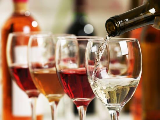 Japan_Food_Wine_shutterstock_391495360