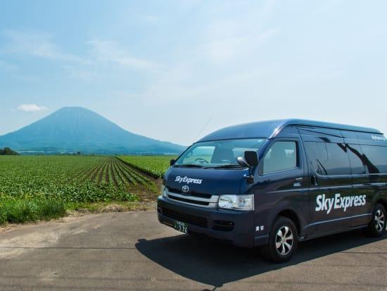 SkyExpress_Hi Ace_Mt Yotei_Summer_Yasuyuki Shimanuki