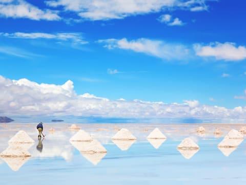 ウユニ塩湖日帰りツアー