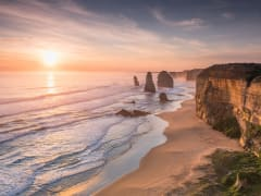 Australia_Melbourne_Great_Ocean_Road_12_Apostles_Sunset_shutterstock_639094027