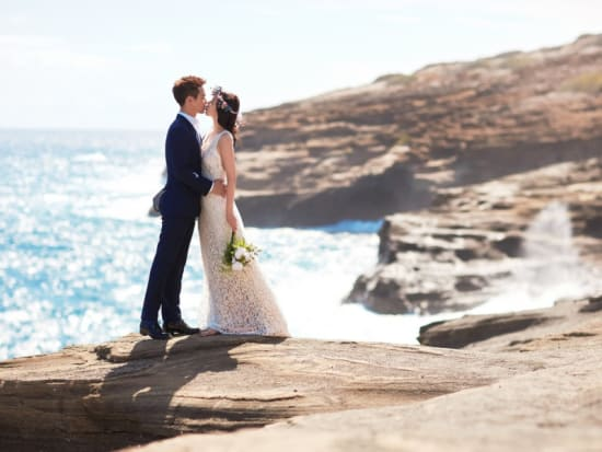 island-breeze-hawaii-beach-wedding-by-labella-(9)