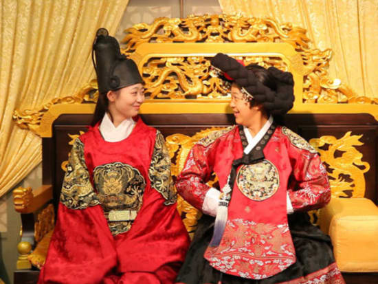 Half Day Tour of MBC Dae Jang Geum Park (formerly MBC Dramia