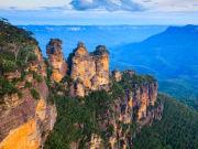 Australia_NSW_Katoomba_Blue_Mountains_shutterstock