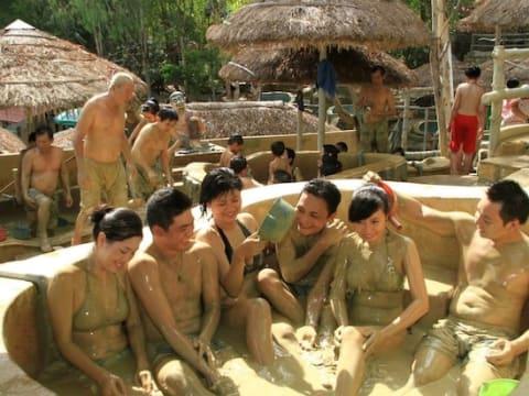 タップバー泥温泉