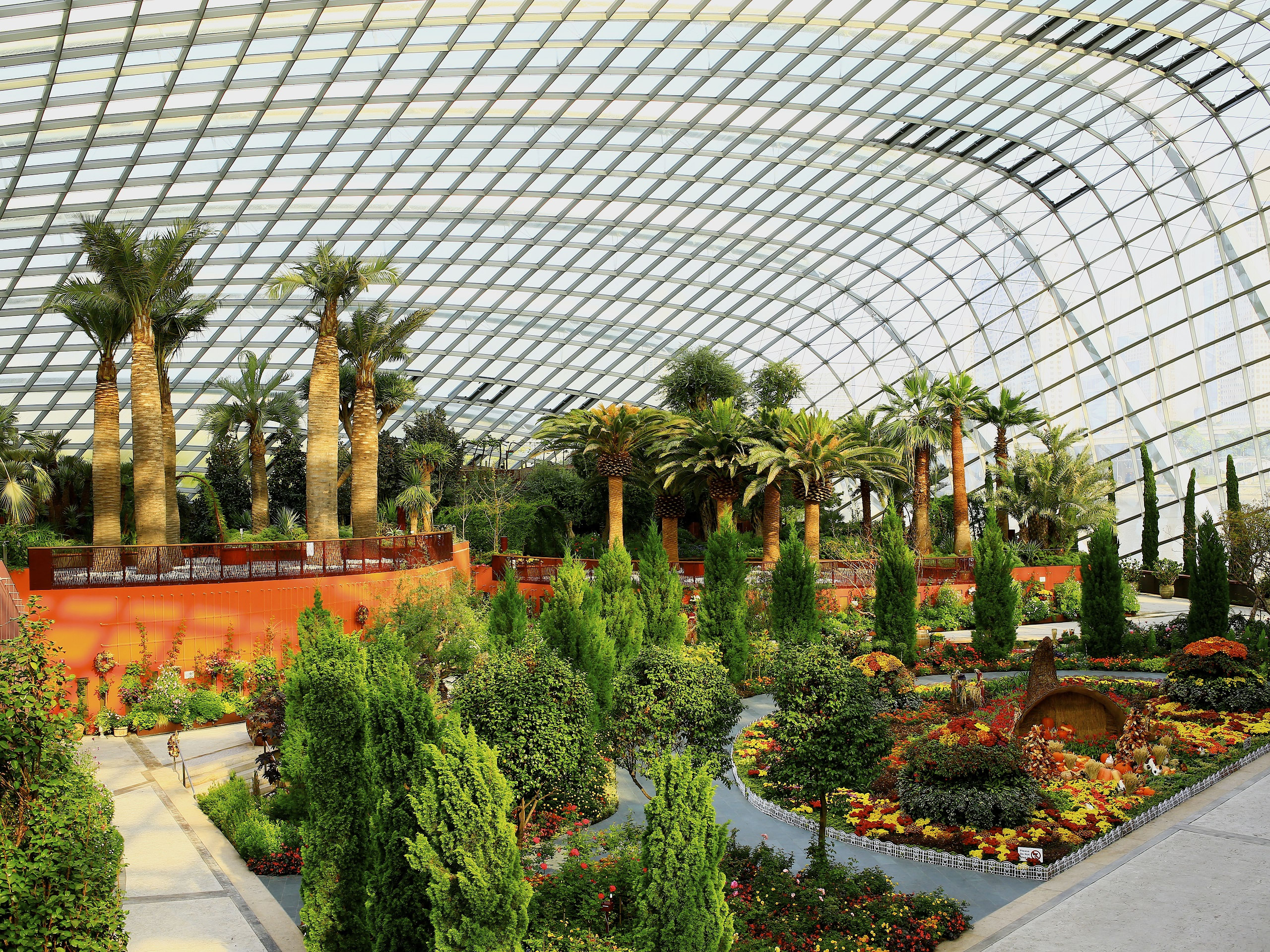 The Marvelous Flower Dome Of Gardens By The Bay