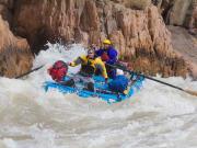 usa_arizona_grand-canyon_rafting_shutterstock_79543462_rsz