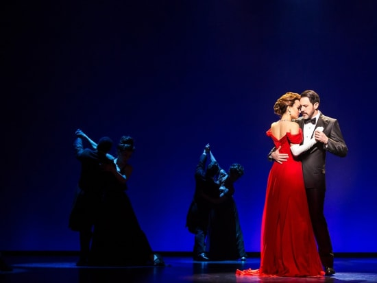 0855_Samantha Barks, Steve Kazee and the Company at World Premiere Engagement, Oriental Theatre, photo by Matthew Murphy 2018 (2