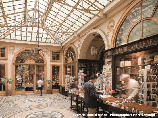 Vivienne Galleyツゥ Paris Tourist Office - Photographer _ Marc Bertrand
