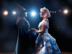 Wicked London Alice Fearn (Elphaba) and Sophie Evans(Glinda) Photo Matt Crockett copy[1]