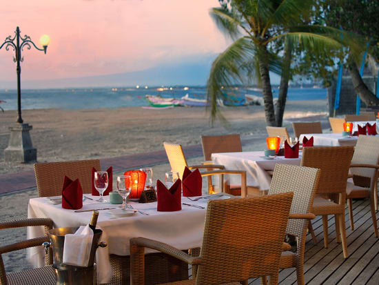 F&B - The Wharf Restaurant