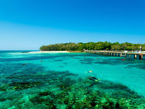 Australia_Green_Island_shutterstock_486649417