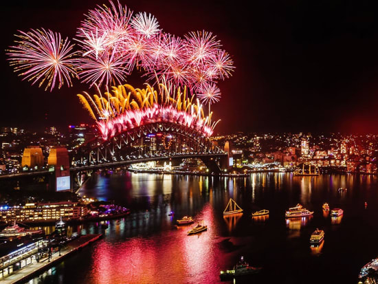 Sydney New Year S Eve Dinner And Fireworks Cruise Sydney Tours