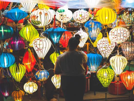 Vietnam_Hoi_An_Lanterns_shutterstock_616497008