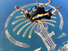 Tandem skydiving at Skydive Dubai Palm dropzone01