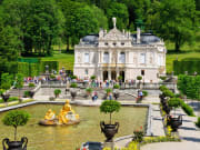 shutterstock_144442969 Linderhof Castle Munich